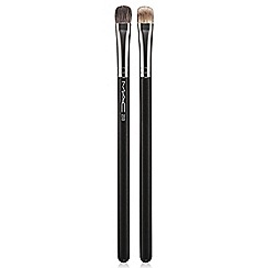 MAC Cosmetics - 233 Split Fibre Eye Shadow Brush