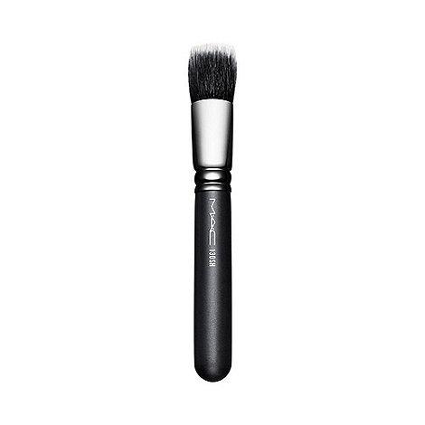 MAC Cosmetics - Short duo fibre brush no. 130