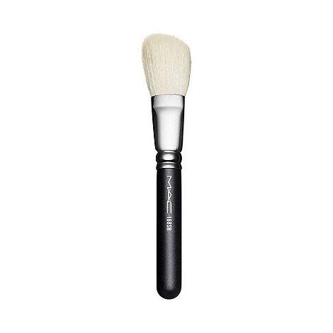 MAC Cosmetics - 168 Short Large Angled Contour brush