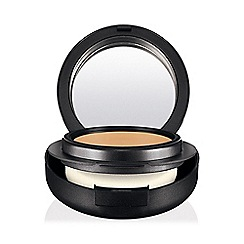 MAC Cosmetics - Pro Longwear SPF 20 Compact Foundation
