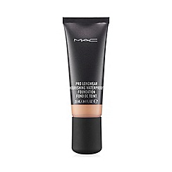 MAC Cosmetics - Pro Longwear Nourishing Waterproof Foundation