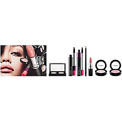 MAC Cosmetics - 'Look in a Box-Be Cool' gift set