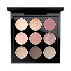 MAC Cosmetics - Eye Shadow x 9: Solar Glow Times Nine
