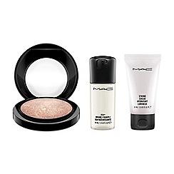 MAC Cosmetics - Summer skin gift set
