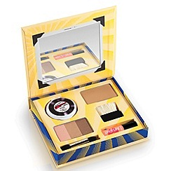Benefit - Cabana Glama Makeup kit!
