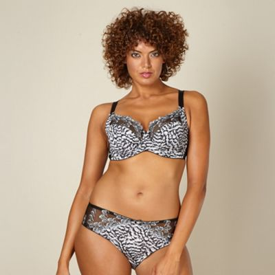Black lace trim DD-J non padded full cup bra