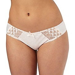 Gorgeous DD+ - Light pink embroidered scalloped briefs
