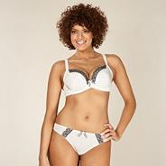 Cream D-H cup spotted non padded plunge bra