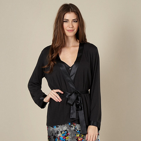 Presence - Black three piece pyjama set