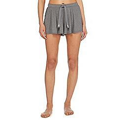 Iris & Edie - Grey 'Work it' pyjama shorts