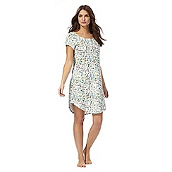 Lounge & Sleep - White 'Siesta' print night dress