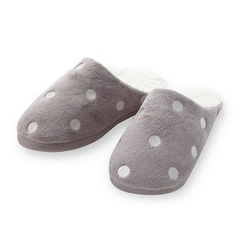 Lounge & Sleep - Light brown spotted fleece mule slippers