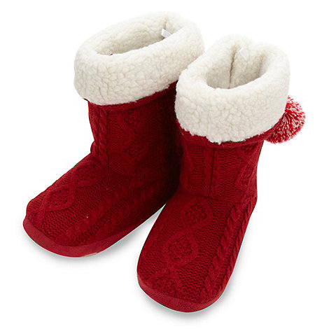 Iris & Edie - Designer red cable bootie slippers