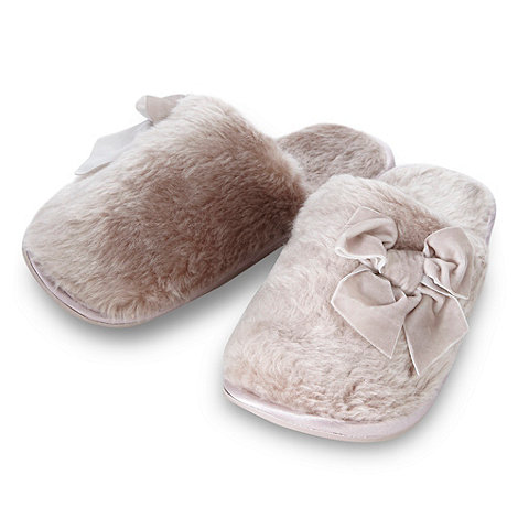 Lounge & Sleep - Taupe faux fur applique bow mule slippers