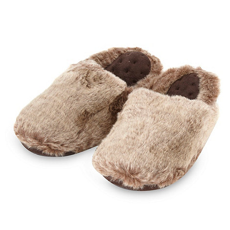 Isotoner - Online exclusive brown faux fur mule slippers