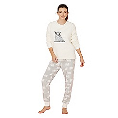 Lounge & Sleep - Cream bear print fleece long sleeve pyjama set