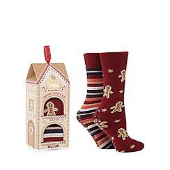 Totes - Pack of 2 red 'Gingerbread' slipper socks
