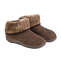 Totes - Brown fine knit 'Pillowstep' slipper boots