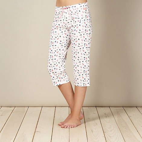 Lounge & Sleep - Cream floral cropped pyjama bottoms