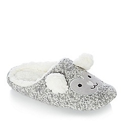 Lounge & Sleep - Grey sheep embroidered fleece mule slippers