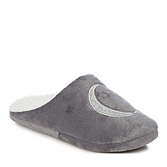 Lounge & Sleep - Grey embroidered letter 'C' mule slippers