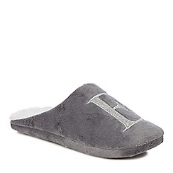 Lounge & Sleep - Grey embroidered letter 'E' mule slippers