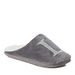 Lounge & Sleep - Grey embroidered letter 'L' mule slippers
