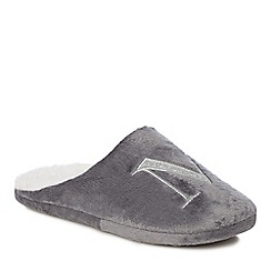 Lounge & Sleep - Grey embroidered letter 'M' mule slippers
