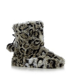 Lounge & Sleep - Natural leopard faux fur slipper boots