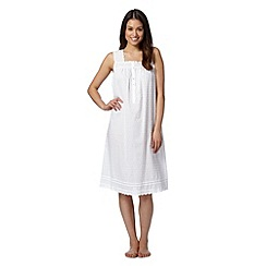 Lounge & Sleep - White sleeveless lace nightdress