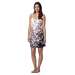 Presence - Black floral lace chemise