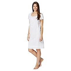 Lounge & Sleep - White short sleeved cotton night dress