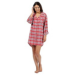 Lounge & Sleep - Red checked nightshirt