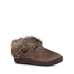 Totes - Taupe faux fur boots slippers