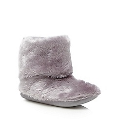 Lounge & Sleep - Grey faux fur slipper boots