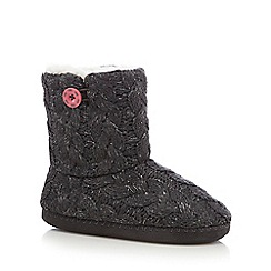 Iris & Edie - Dark grey cable knit slipper boots