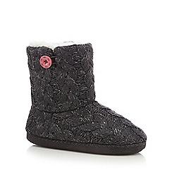 Iris & Edie - Dark grey cable knit slipper boots
