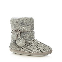 Lounge & Sleep - Grey knitted slipper boots