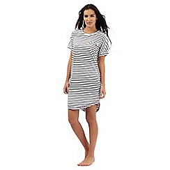 Iris & Edie - White and navy striped print sleep t-shirt