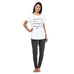 Lounge & Sleep - White 'Sunday Checklist' pyjama top and grey polka dot bottoms set