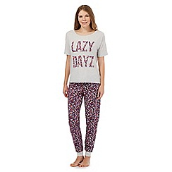 Lounge & Sleep - Purple 'Lazy Dayz' pyjama set