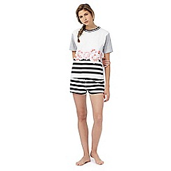 Iris & Edie - Black floral striped print t-shirt and shorts set