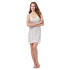 Lounge & Sleep - Ivory leopard print hidden support chemise