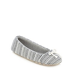 Lounge & Sleep - Grey knitted Aztec print slippers