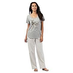 Lounge & Sleep - Grey fawn and snow print pyjama set