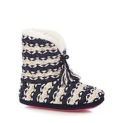 Iris & Edie - Navy chunky knit tasseled slippers