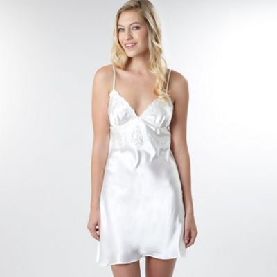 Ivory Embroidered Bridal Nightdress