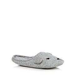 Lounge & Sleep - Grey bear applique slippers