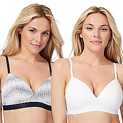 The Collection - 2 pack white non-wired padded t-shirt bra