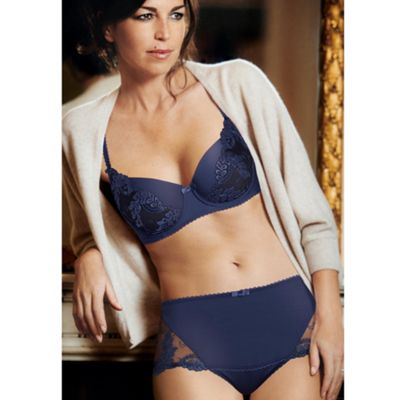 Dark blue Elegant curves bra